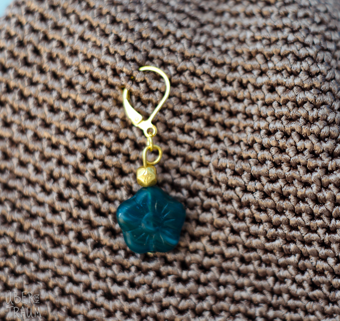 Crochet Stitch Markers : Gold & Emerald Crochet Stitch Markers - ?ber den Traum